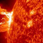"""太陽フレア""""2017″日本への影響は!?私たちにできる対策を調査!"""